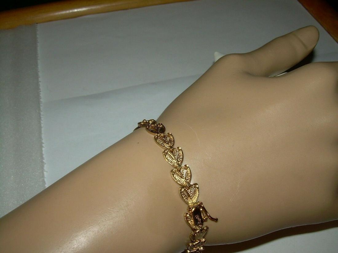 14kt Beverly Hills Gold Bracelet - Filigree Design; 7