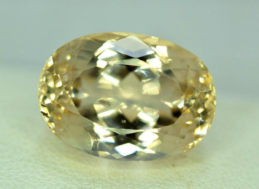 17.70 Carats Lovely Morganite Gemstone