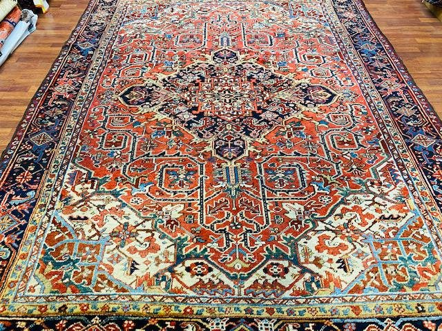 Antique Persian Heriz rug-4517