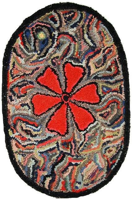 Handmade antique American Hooked rug 2' x 3.2' (64cm x
