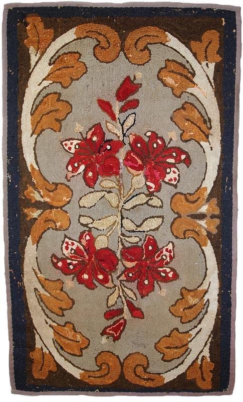 Handmade antique American Hooked rug 2.4' x 4.1' (75cm