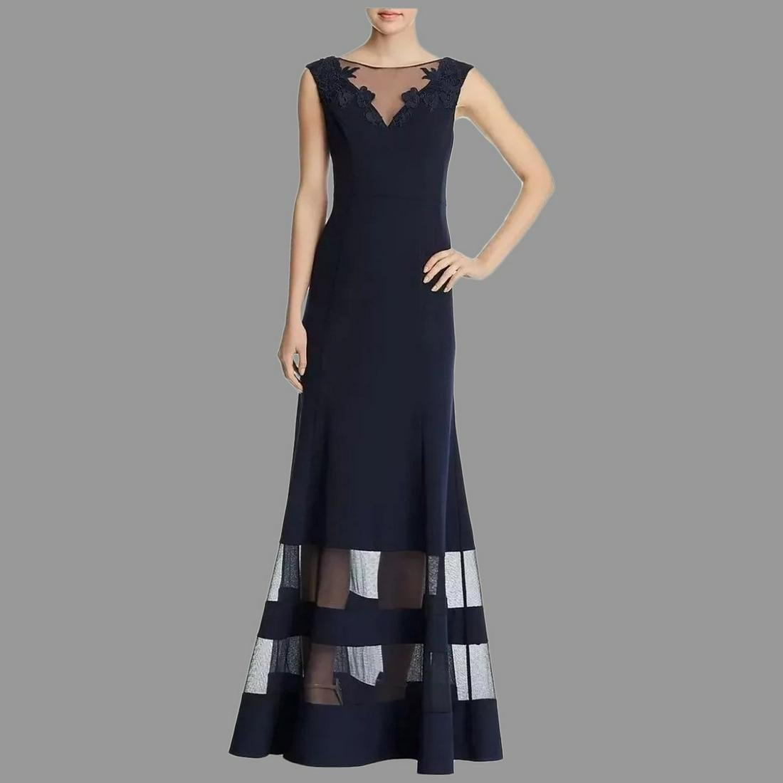 Lace overlay Trumpet formal Evening Gown Retailed $530