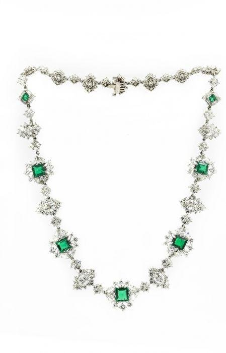 Exquisite Platinum Colombian Emerald Diamond Necklace