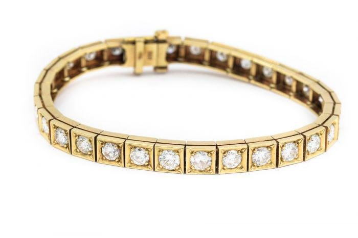 Contemporary Yellow Gold and Tennis Bracelet