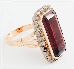Victorian Yellow Gold Garnet and Diamond Ring