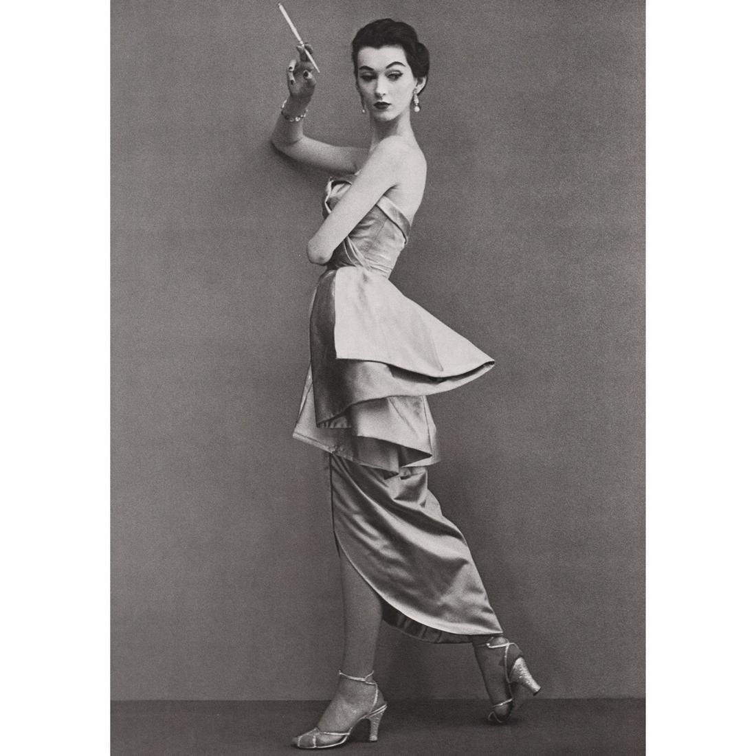 RICHARD AVEDON - Dovima, Dress by Fath, 1950