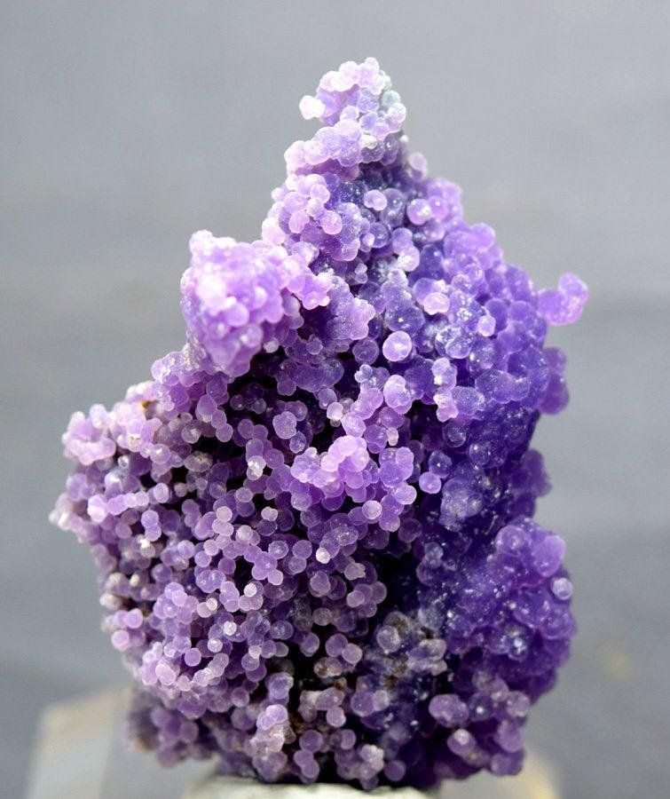 Grape Agate , Botryoidal Chalcedony , Crystals Specimen