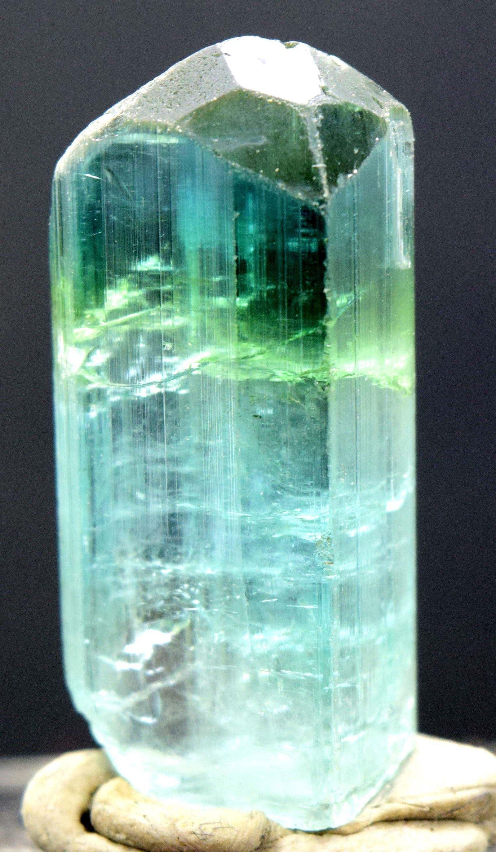 MP01-330 , 71.60 carats Terminated Gem Grade Sea Foam