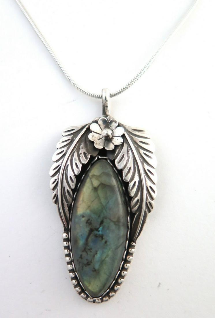 Sterling Silver & Labradorite Gorgeous Necklace
