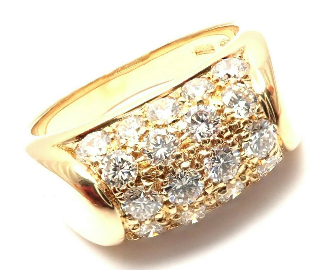 Authentic! Bulgari Bvlgari Tronchetto 18k Yellow Gold