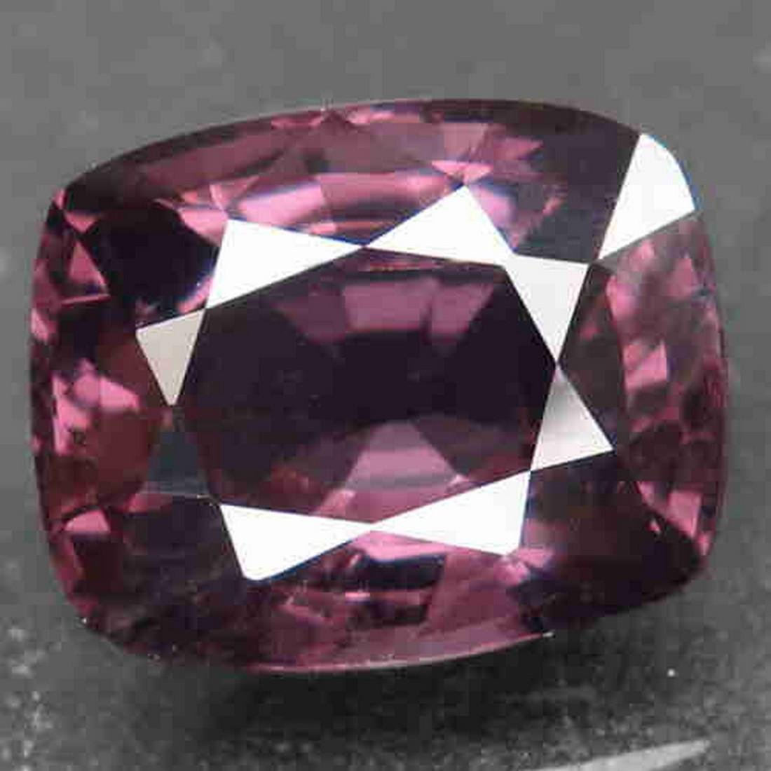3,11 ct Natural Rich Pink Purple Spinel 3,11 ct