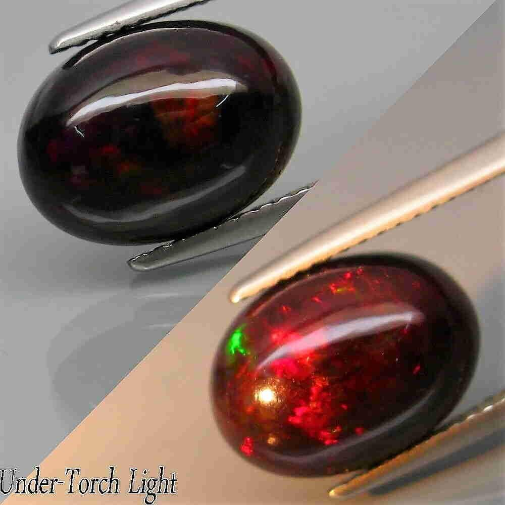 3,07 ct Hardy Strong!!! Natural Rainbow Black Opal 3,07