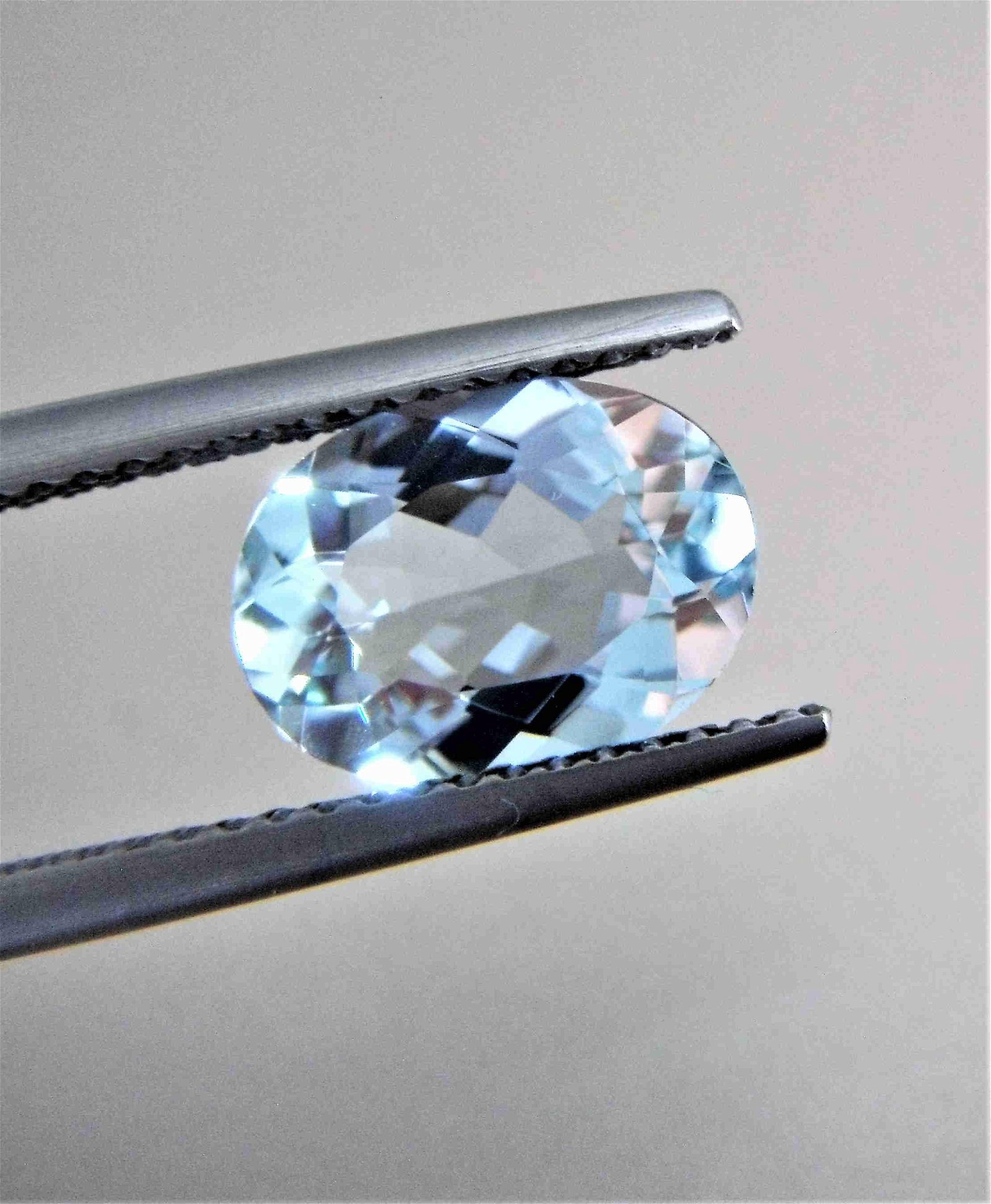 Aquamarine Certified - 1.84 ct