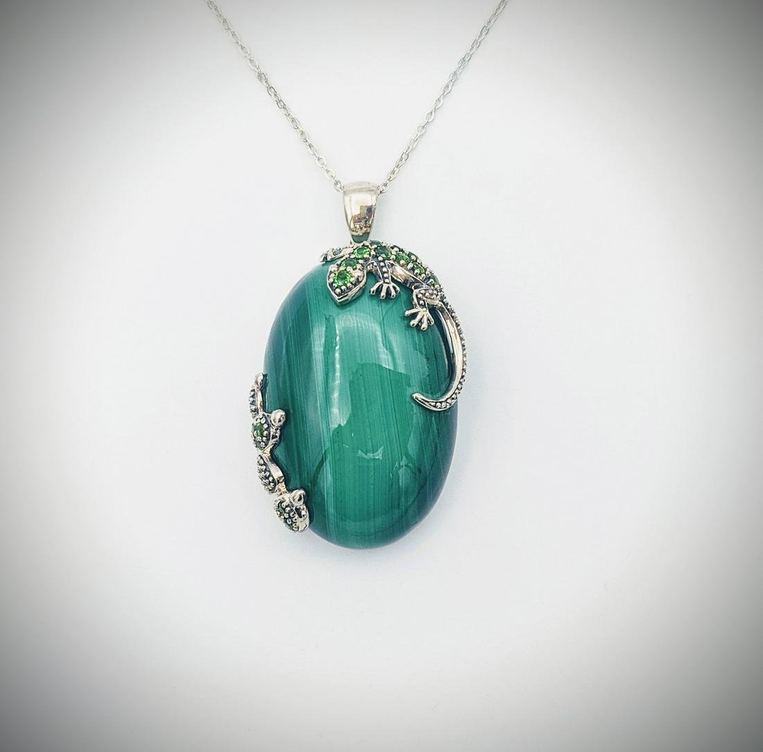 Sterling Silver Necklace & Malachite Pendant w Lizard &