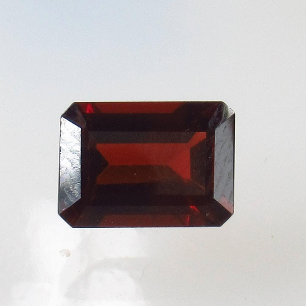 2.66 Ct Natural Pink Rhodolite Garnet Octagon Cut