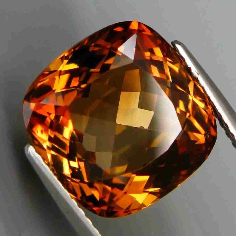 11,28 ct Natural Imperial Topaz 11,28 ct