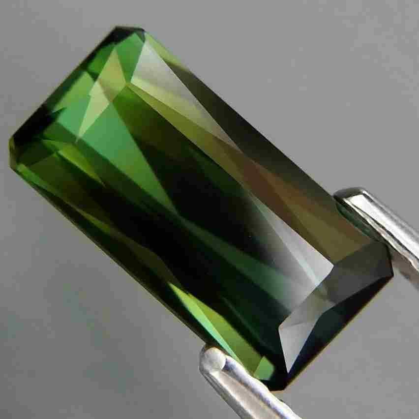 1,80 ct Natural Green Tourmaline 1,80 ct