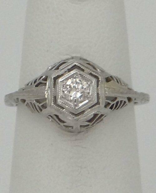 18K WHITE GOLD .20ct DIAMOND VINTAGE FILIGREE RING
