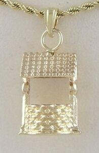 LADIES 14K YELLOW GOLD TEXTURED 3D WATER WELL FINE