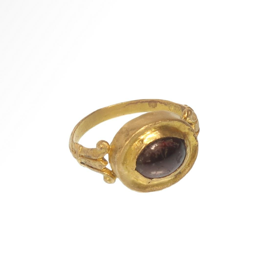 Roman Gold Ring with Cabochon Garnet,  c. 2nd century