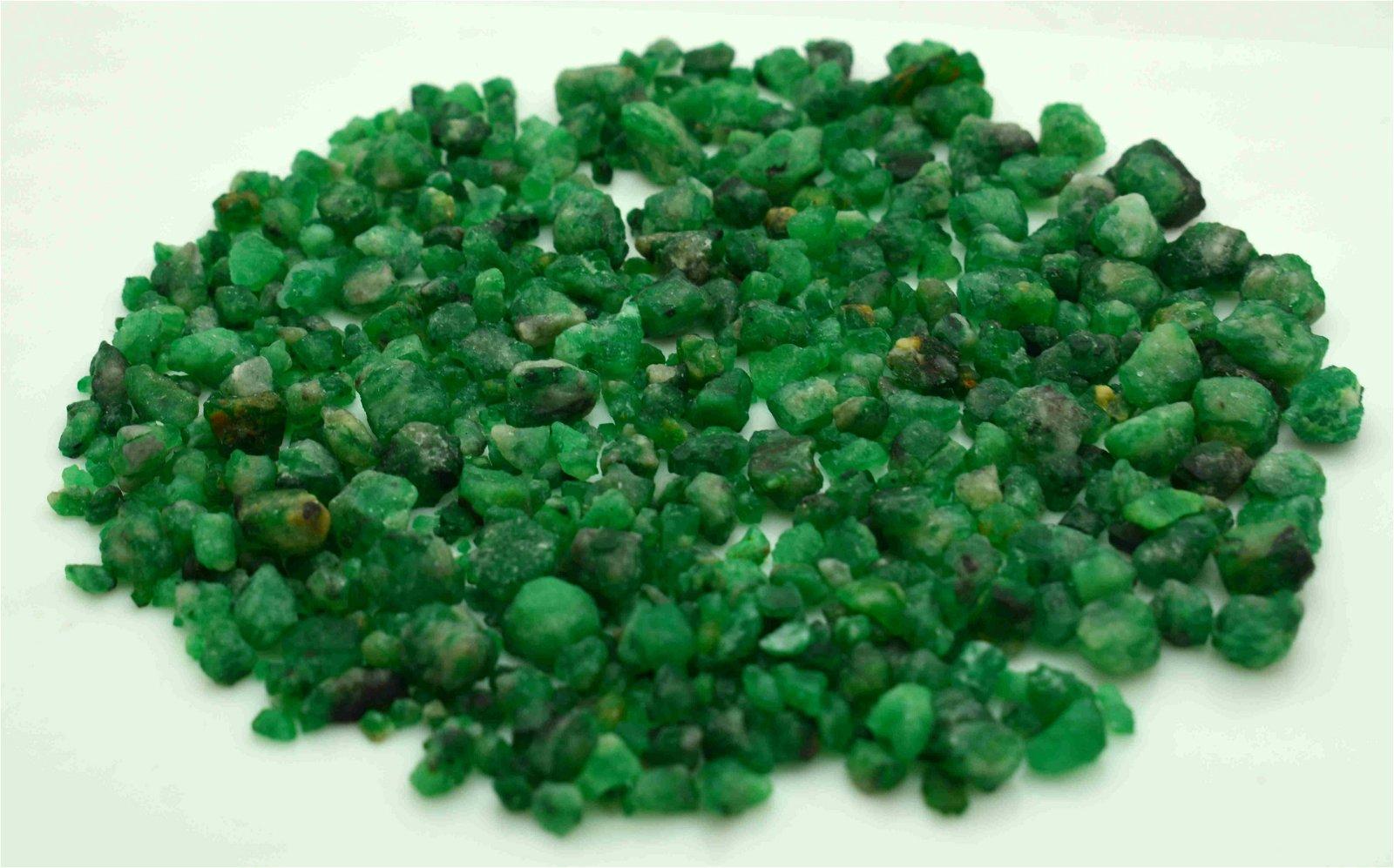50 Grams Beautiful Emerald Rough