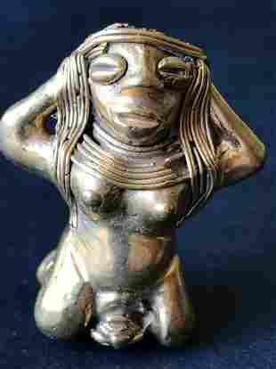 Reproductions of Precolumbian artWoman giving birth