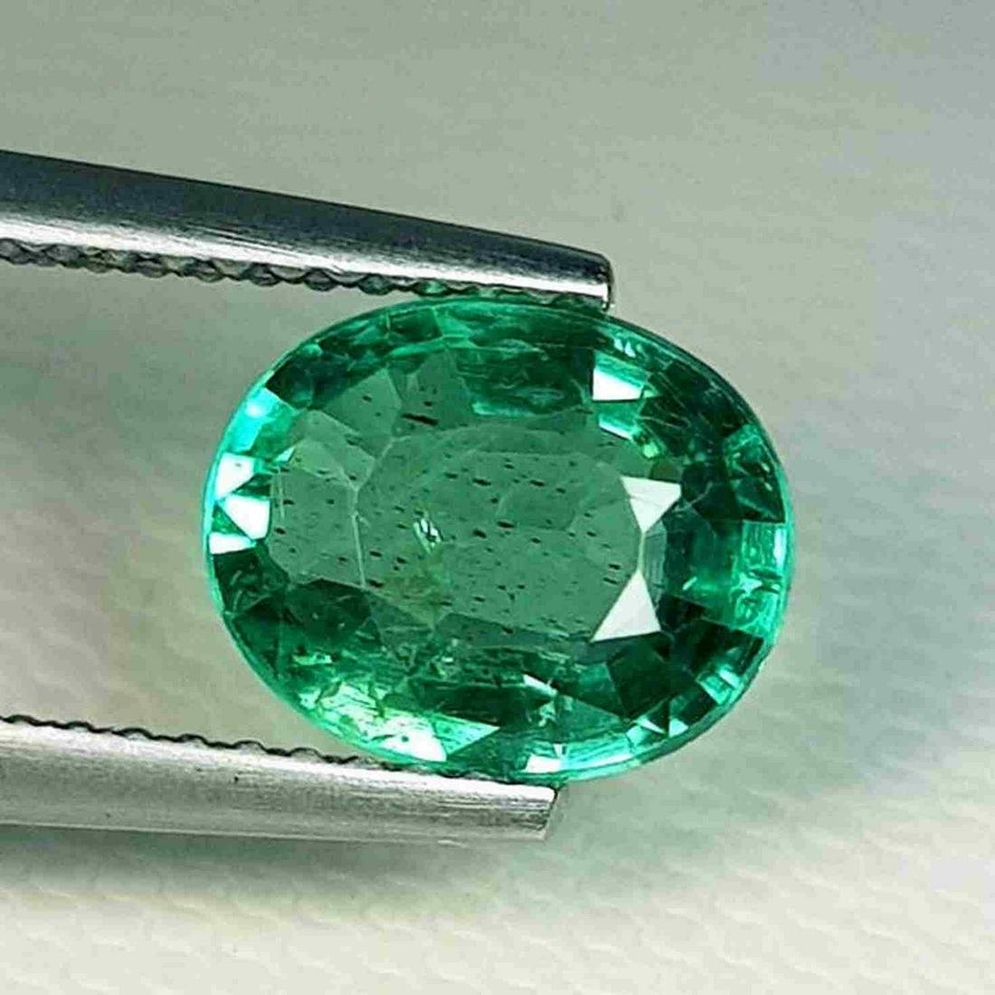 2.13 ct Natural Green Apatite Oval Cut