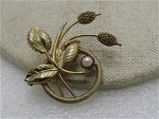 "Vintage Gold Tone Floral Circle Brooch, 1960's, 1.5"","