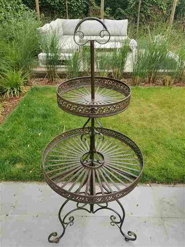 Beautiful large wrought iron flower rack - étagère -