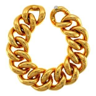 Gübelin Curb Link Yellow Gold Bracelet