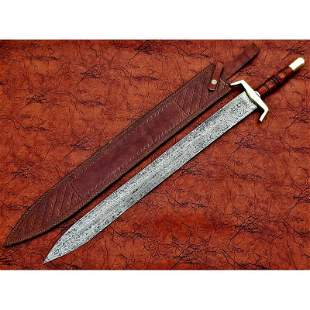 Exclusive pattern damascus steel sword butcher wood