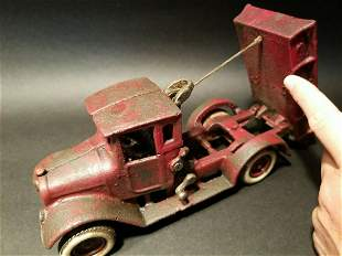 Cast Iron Red Toy Tow Truck Flat bed Car Rubber Wheels