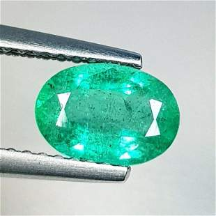 Natural Emerald Oval Cut 1.10 ct