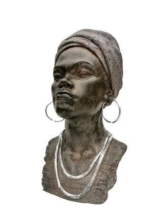 Beautiful bust of an African woman - Beautiful