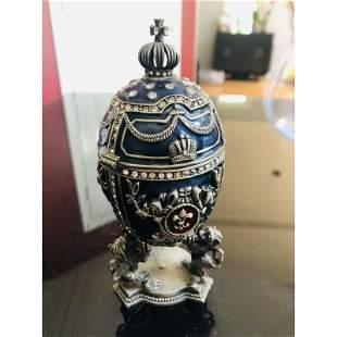 Decorative Faberge Egg wich Kreml trinket jewel box