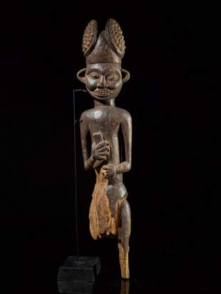 Bamum Royal Statue
