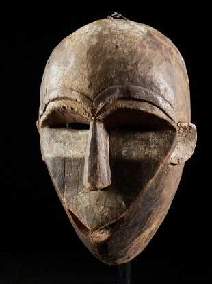 Polychromed Dance mask, Woyo people, DR Congo
