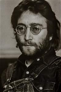 ANNIE LEIBOVITZ - John Lennon