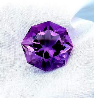 19.5 Carats Flower Beautiful Amethyst Cut stone -