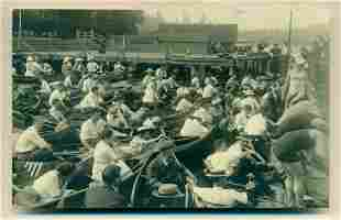 1915 CROWD of PEOPLE GATHERED in CANOE s AROUND PIER