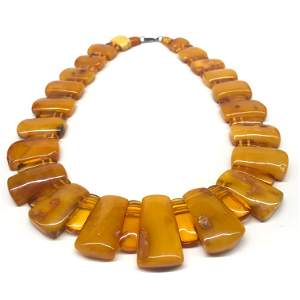 Stunning Amber Cleopatra necklace