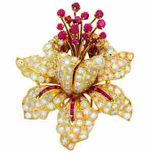 RENE BOIVIN Diamond Ruby & Yellow Gold Tremblant Brooch
