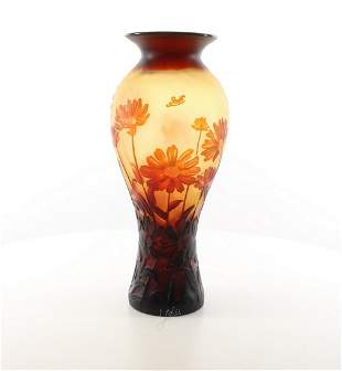 A CAMEO GLASS BALUSTER VASE ' Daisies'
