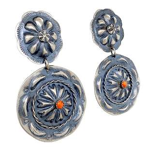Navajo Spiny Oyster Cowgirl's Post Earrings