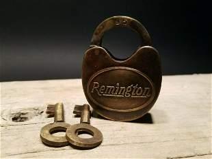 Cast Iron Remington Firearms Ammo Box Padlock Lock &