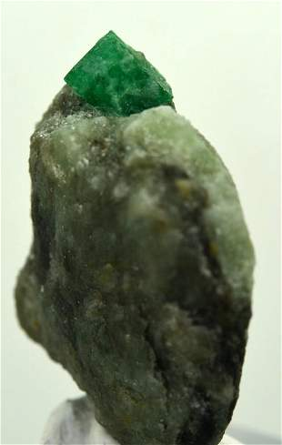 16 Grams Beautiful Emerald Specimen