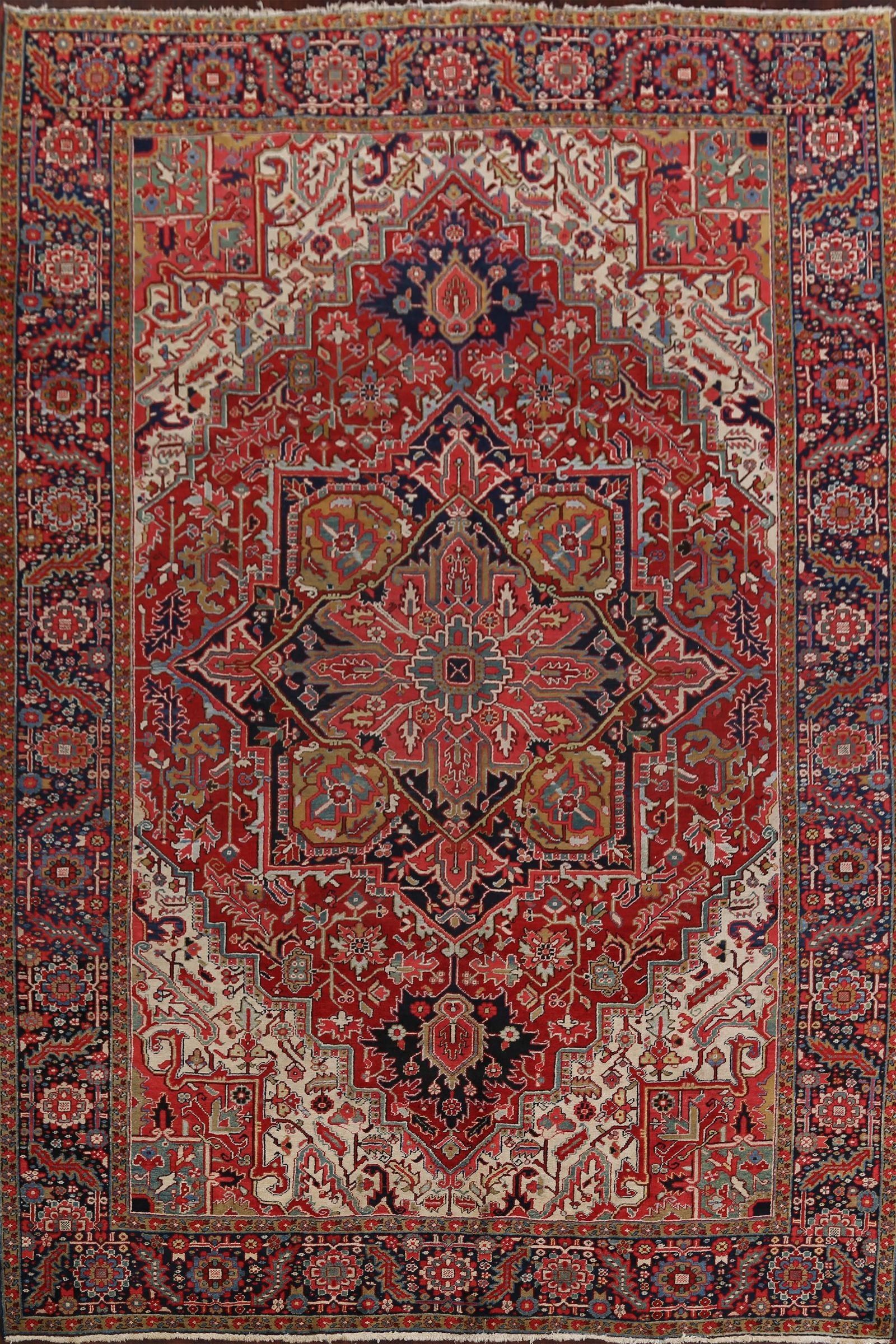 Antique Vegetable Dye Heriz Serapi Persian Area Rug