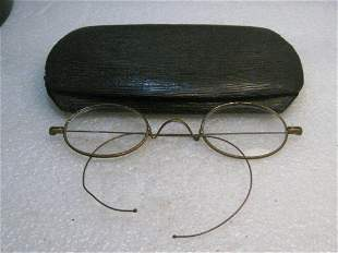 Vintage Eye Glasses, Wire Rim, Early 1900's, in case -