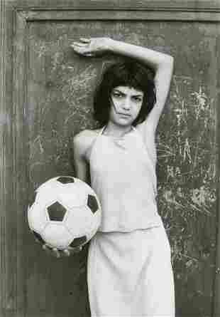 LETIZIA BATTAGLIA - In the Cala District, Palermo, 1980