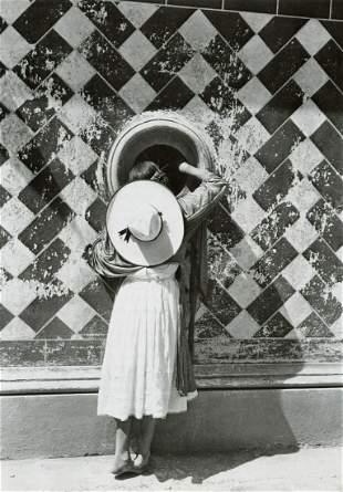 MANUEL ALVAREZ  BRAVO - The Daughter of the Dancers